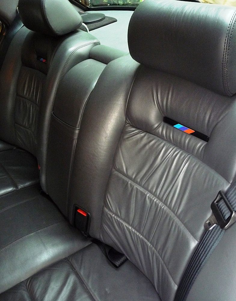 rear%20seat%20leather%20detail.JPG
